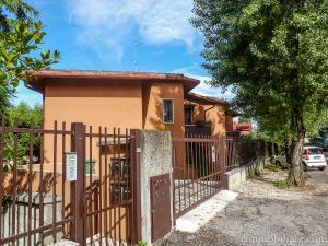 Vai alla scheda: Box / Posto auto Affitto - Verona (VR) | Ponte Crencano - Codice -2192