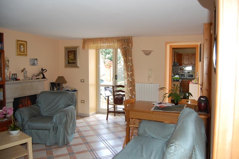 Soluzione Indipendente in vendita a Forino, 3 locali, prezzo € 96.000 | Cambio Casa.it