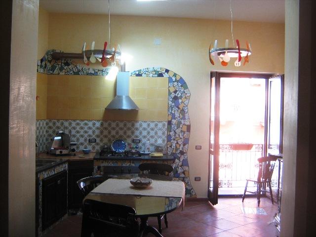 Affitto Casa Indipendente Avella 9 285 M� 700 €