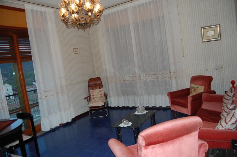 Appartamento in vendita a Contrada, 3 locali, prezzo € 70.000 | Cambio Casa.it