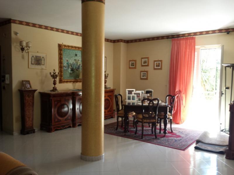 Villa in Vendita a Macerata Campania