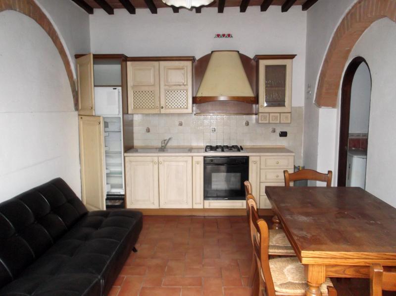 Bilocale Certaldo Via Murate 1