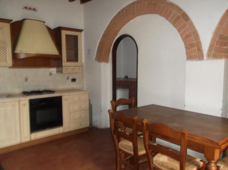 Bilocale Certaldo Via Murate 9