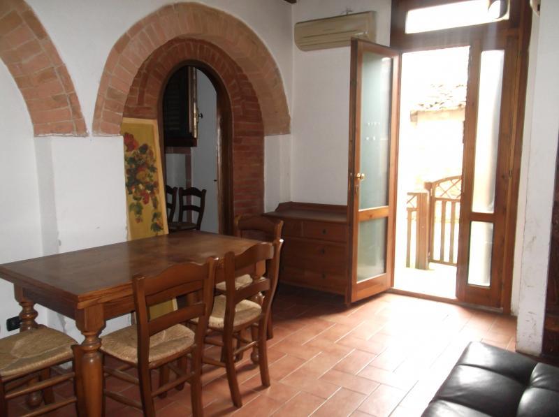Bilocale Certaldo Via Murate 3