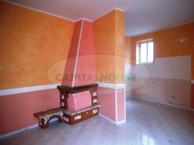 Appartamento in vendita a Sirignano, 3 locali, prezzo € 63.000 | CambioCasa.it
