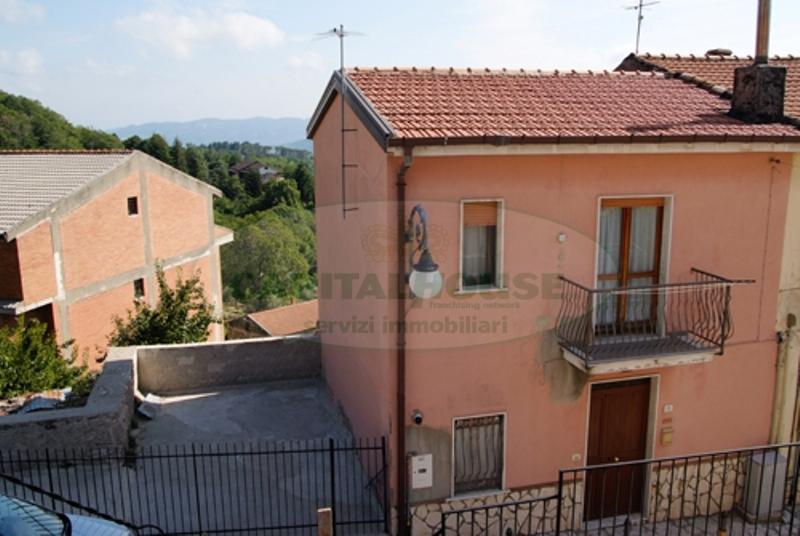 Bilocale Summonte Via Borgonuovo 1