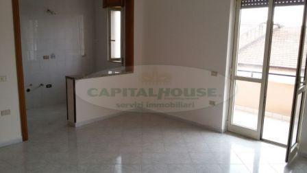 Appartamento in affitto a Portico di Caserta, 4 locali, prezzo € 400 | Cambio Casa.it