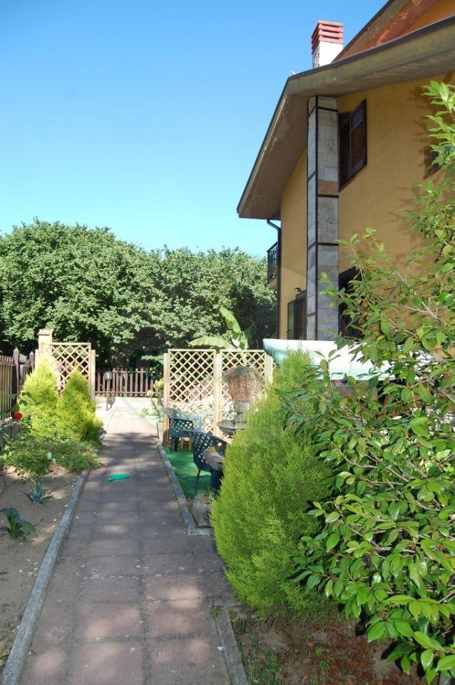 Villa in vendita a Monteforte Irpino, 6 locali, zona Località: Centro, prezzo € 270.000 | Cambio Casa.it