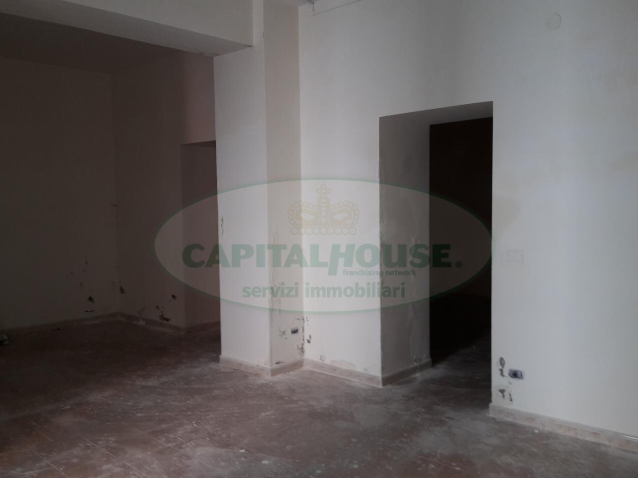 Negozio / Locale in vendita a Recale, 9999 locali, prezzo € 50.000 | Cambio Casa.it