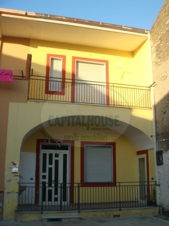 Appartamento in vendita a San Tammaro, 3 locali, prezzo € 85.000 | Cambio Casa.it