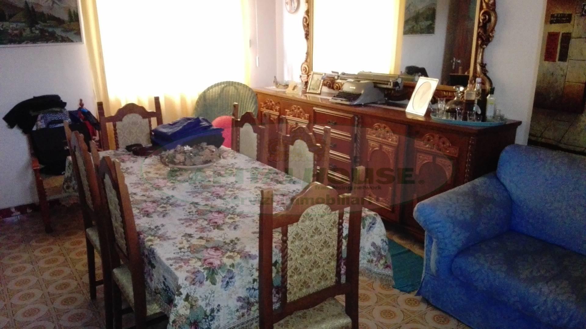 Appartamento in affitto a Macerata Campania, 3 locali, zona Zona: Caturano, prezzo € 280 | Cambio Casa.it