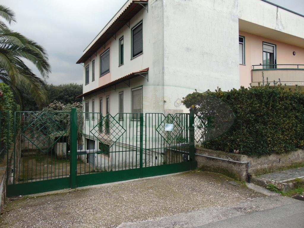 Box / Garage in Vendita a Baiano