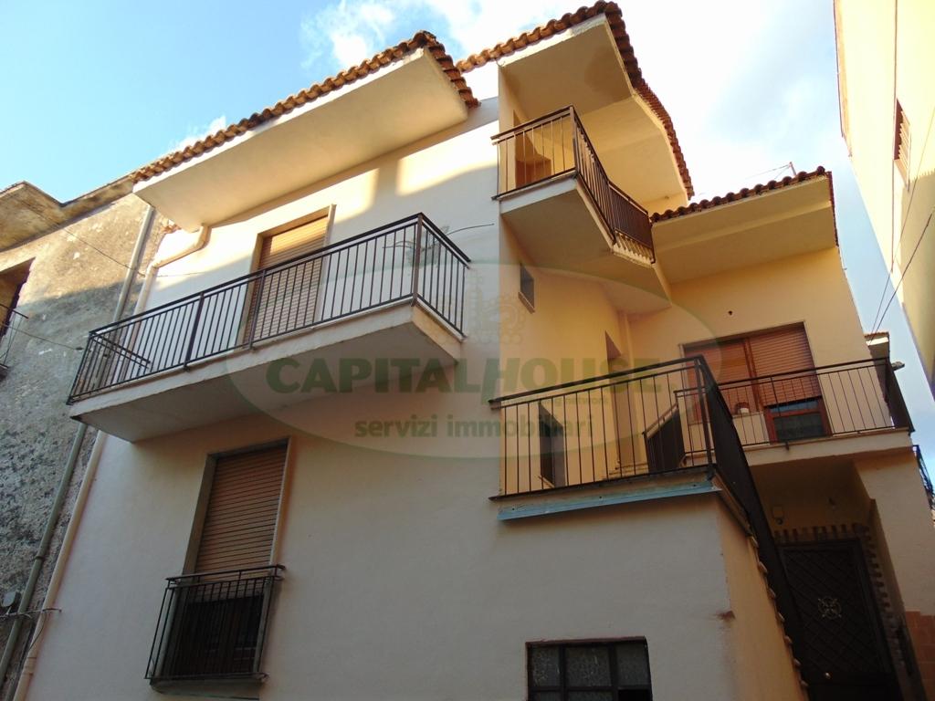 Appartamento in affitto a Quadrelle, 3 locali, prezzo € 300 | Cambio Casa.it