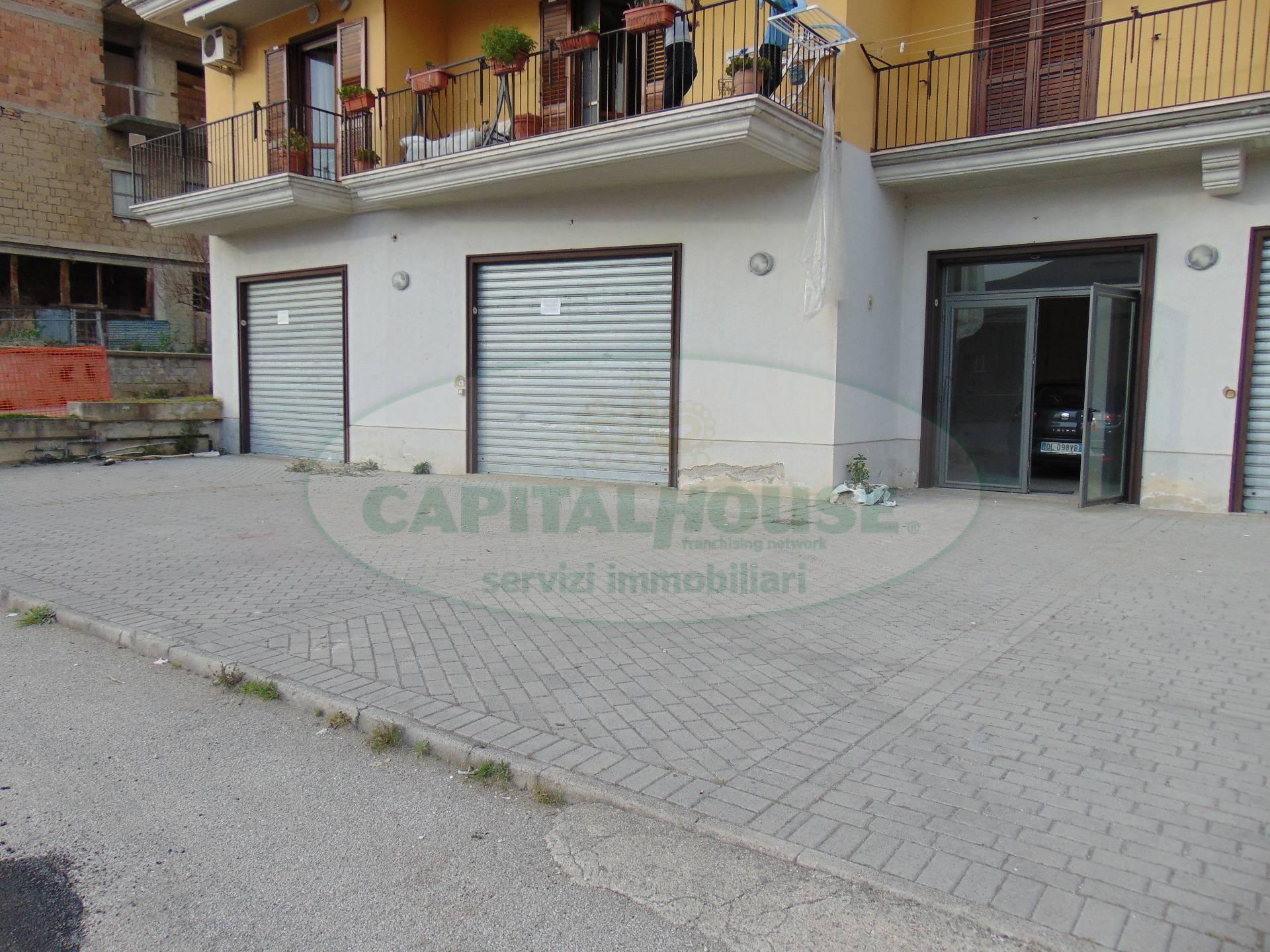 Negozio / Locale in affitto a Mugnano del Cardinale, 9999 locali, prezzo € 750 | Cambio Casa.it