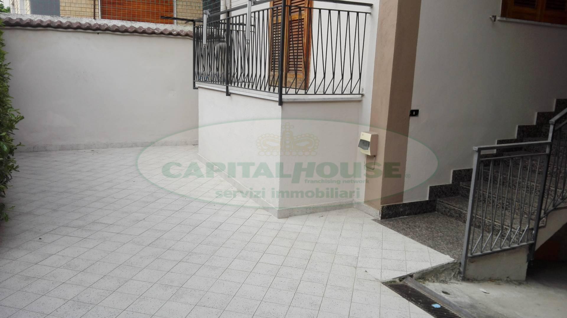 Appartamento in affitto a Recale, 4 locali, prezzo € 450 | Cambio Casa.it