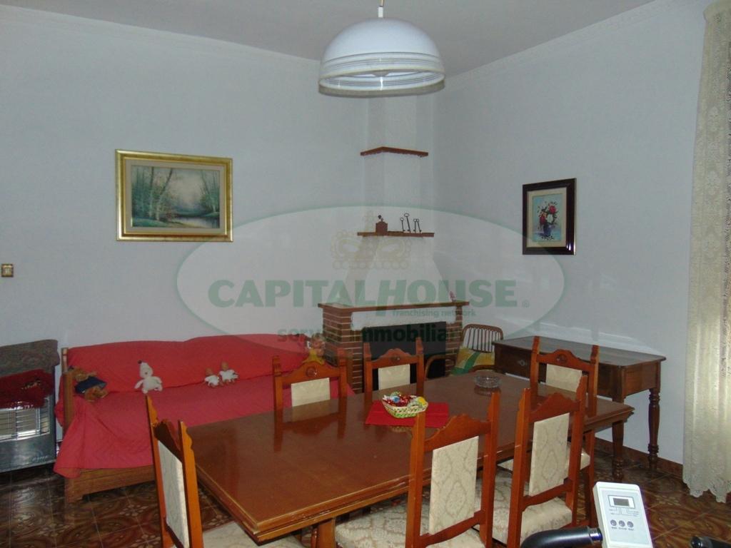 Appartamento in vendita a Quadrelle, 4 locali, prezzo € 105.000 | Cambio Casa.it