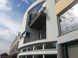 Vai alla scheda: Locale Commerciale Vendita - Camposano (NA) - Rif. 4214