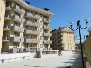 Vai alla scheda: Appartamento Vendita - San Nicola la Strada (CE) - Rif. 8561
