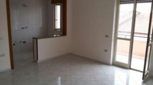 Vai alla scheda: Appartamento Affitto - Portico di Caserta (CE) - Rif. 400,00 PORTICO