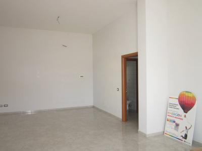 Vai alla scheda: Locale Commerciale Affitto - San Nicola la Strada (CE) - Codice 105f