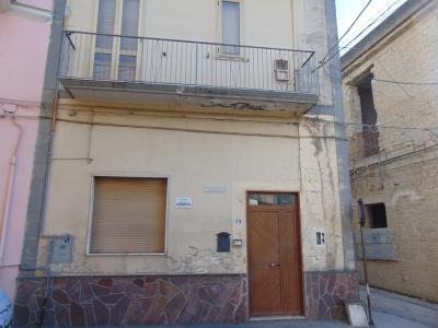 Vai alla scheda: Casa Semindipendente Vendita - Avella (AV) - Rif. 8263
