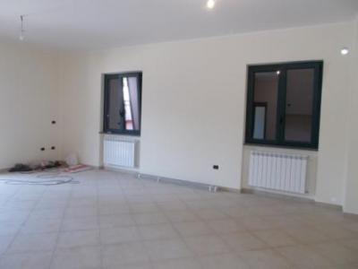 Vai alla scheda: Appartamento Affitto - Santa Maria Capua Vetere (CE) - Rif. 700UF