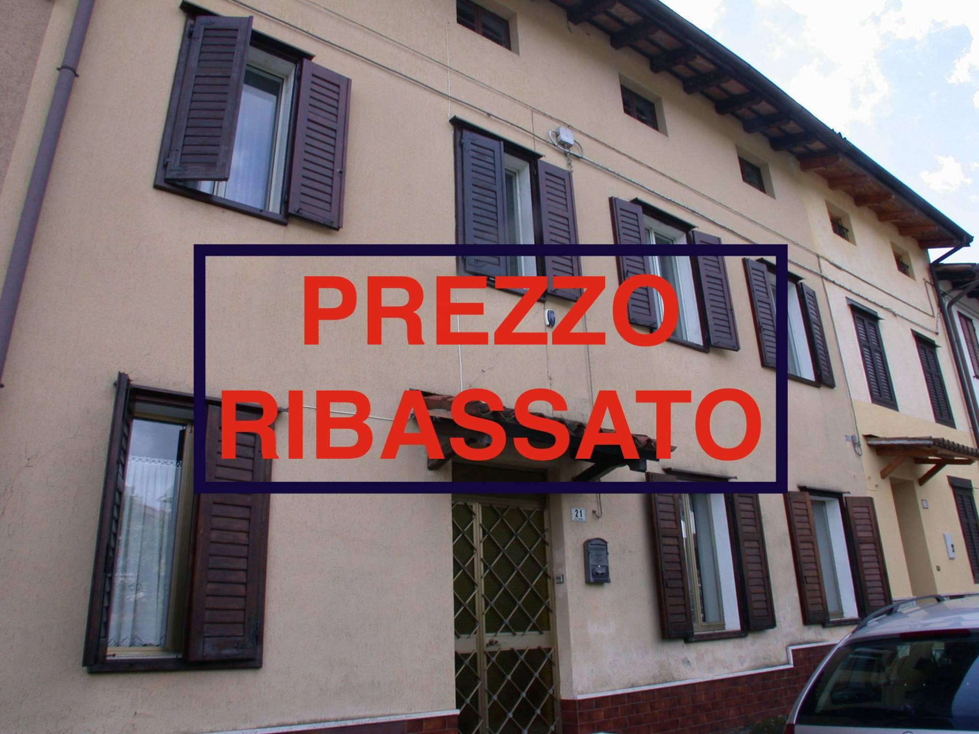 Villa in vendita a Gorizia, 10 locali, zona Località: Piedimonte, prezzo € 77.000 | Cambio Casa.it