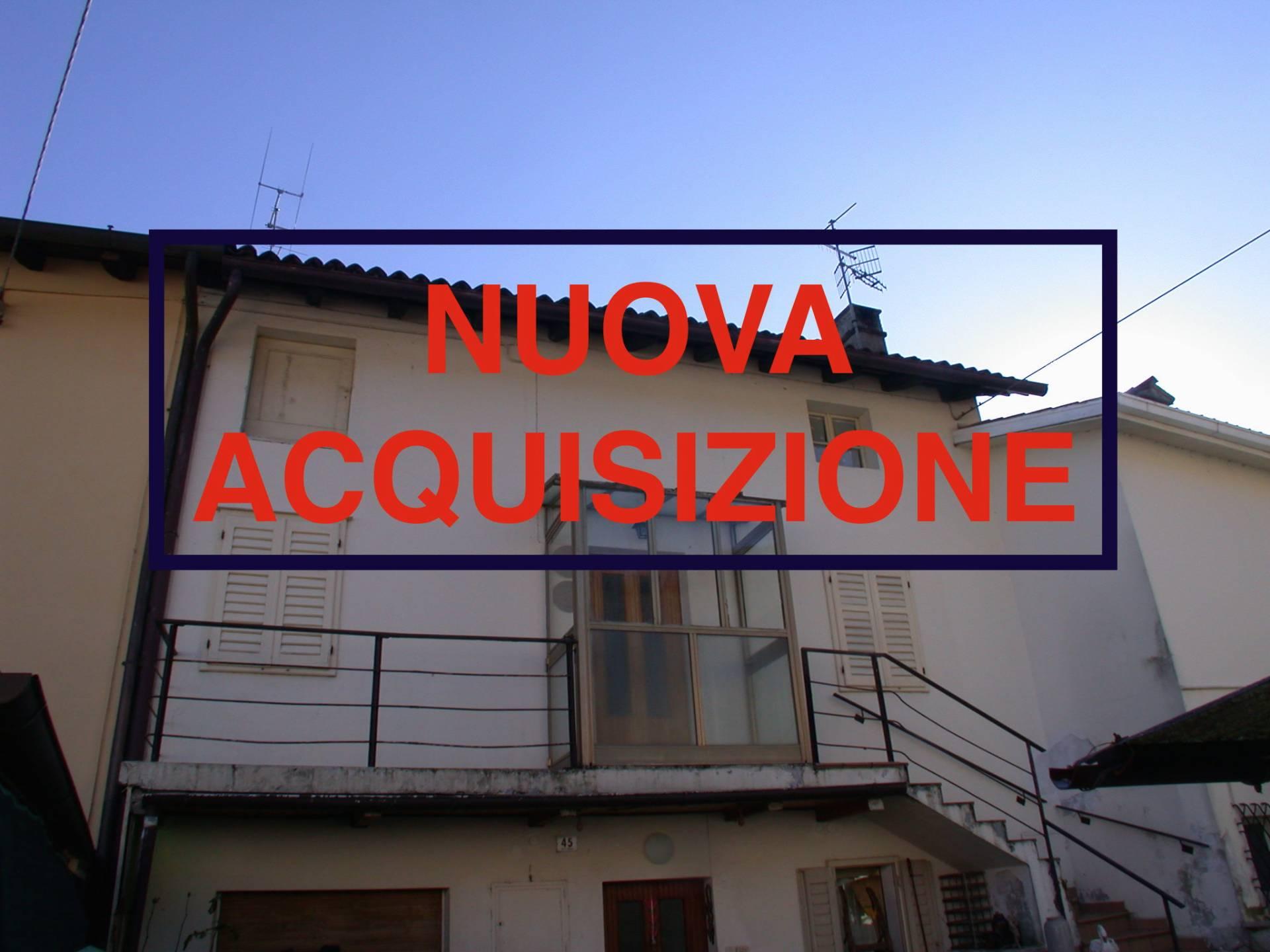 Appartamento in vendita a Gorizia, 9 locali, zona Località: Piedimonte, prezzo € 42.000 | Cambio Casa.it