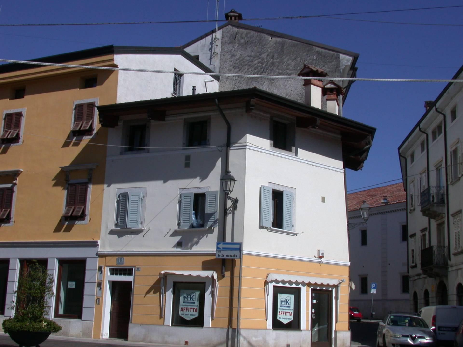 Appartamento in affitto a Gorizia, 3 locali, zona Località: Centrostorico, prezzo € 380 | CambioCasa.it