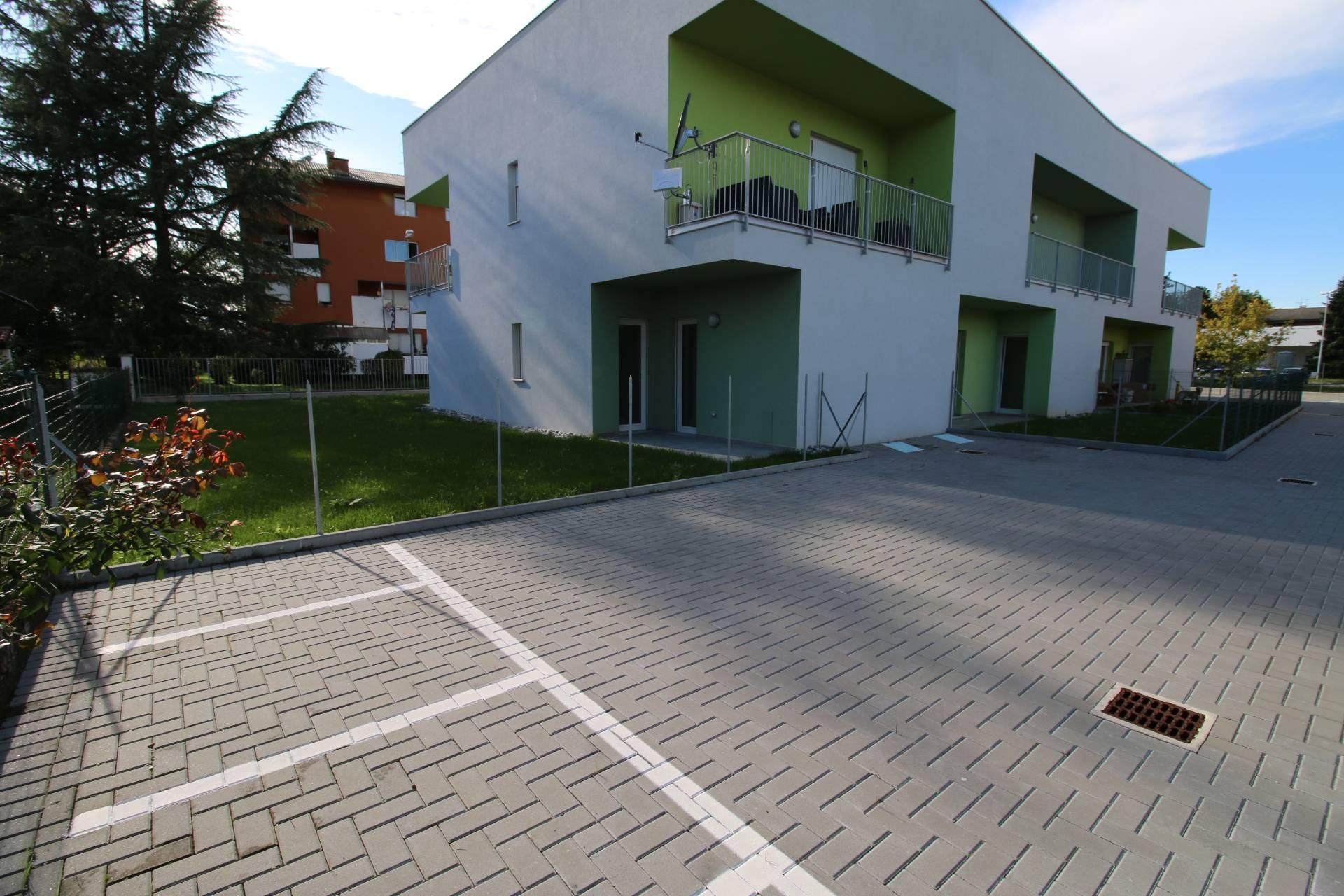 Appartamento in vendita a Gorizia, 4 locali, zona Zona: Lucinico, prezzo € 199.000 | CambioCasa.it
