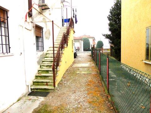 Bilocale Ferrara Cona 4