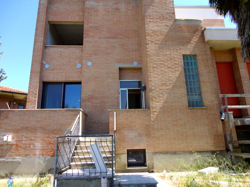 Villa in vendita a Ferrara, 12 locali, prezzo € 380.000   Cambio Casa.it