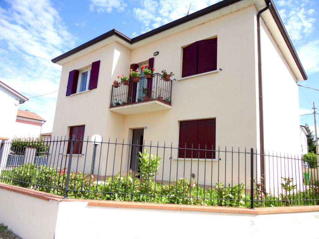 Appartamento in affitto a Occhiobello, 2 locali, zona Località: S.aMariaMaddalena, prezzo € 330 | Cambio Casa.it