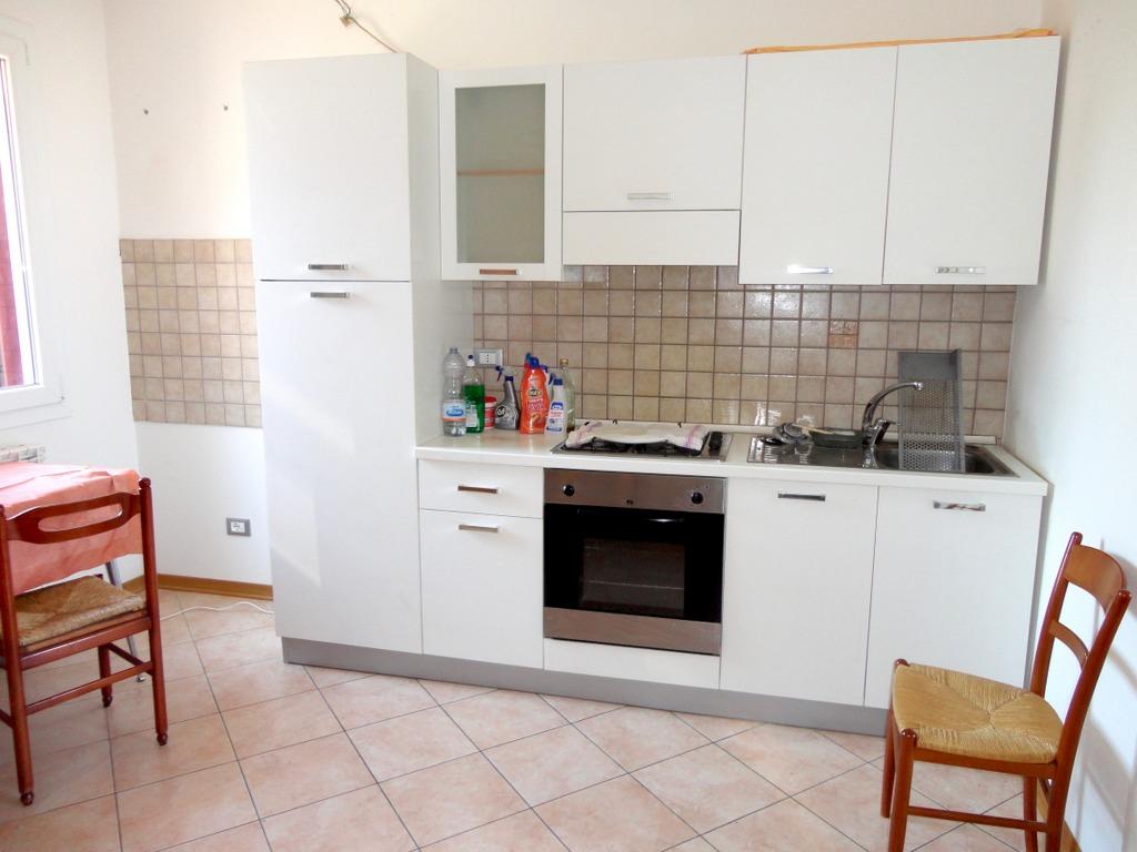 Appartamento in affitto a Occhiobello, 2 locali, zona Località: S.aMariaMaddalena, prezzo € 350 | CambioCasa.it