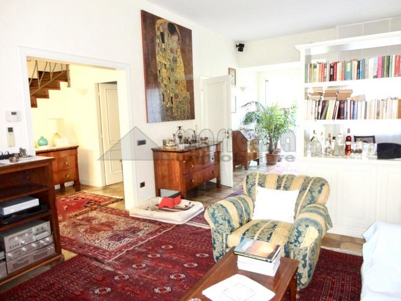 Villa in vendita a Ferrara, 6 locali, zona Località: Centrostorico, prezzo € 980.000 | Cambio Casa.it