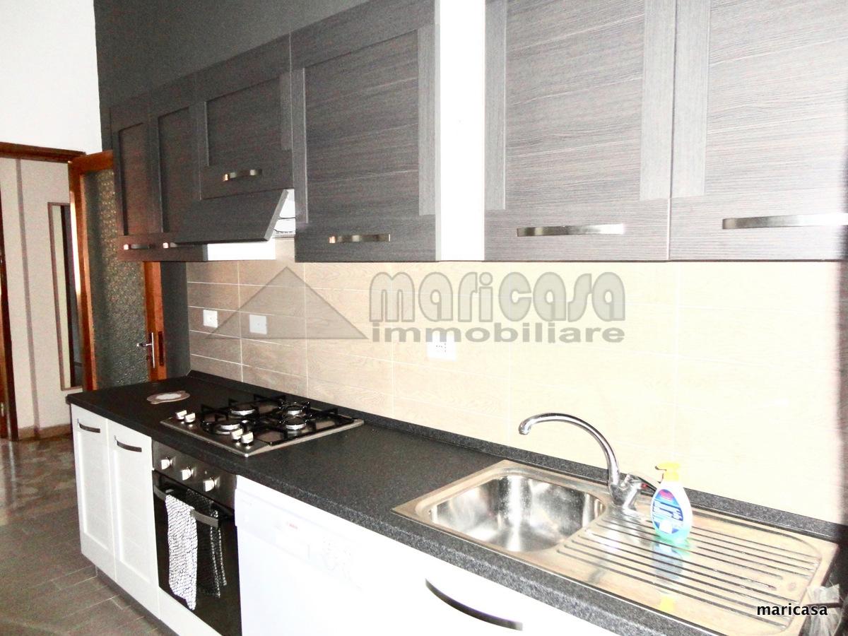 Appartamento in affitto a Ferrara, 2 locali, zona Località: EntroMura, prezzo € 500   Cambio Casa.it