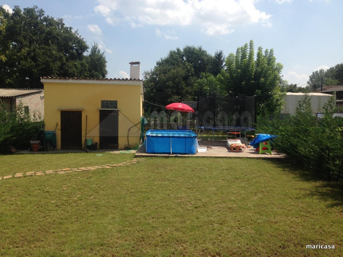 Villa in vendita a Ferrara, 7 locali, zona Zona: Cona, prezzo € 290.000 | CambioCasa.it