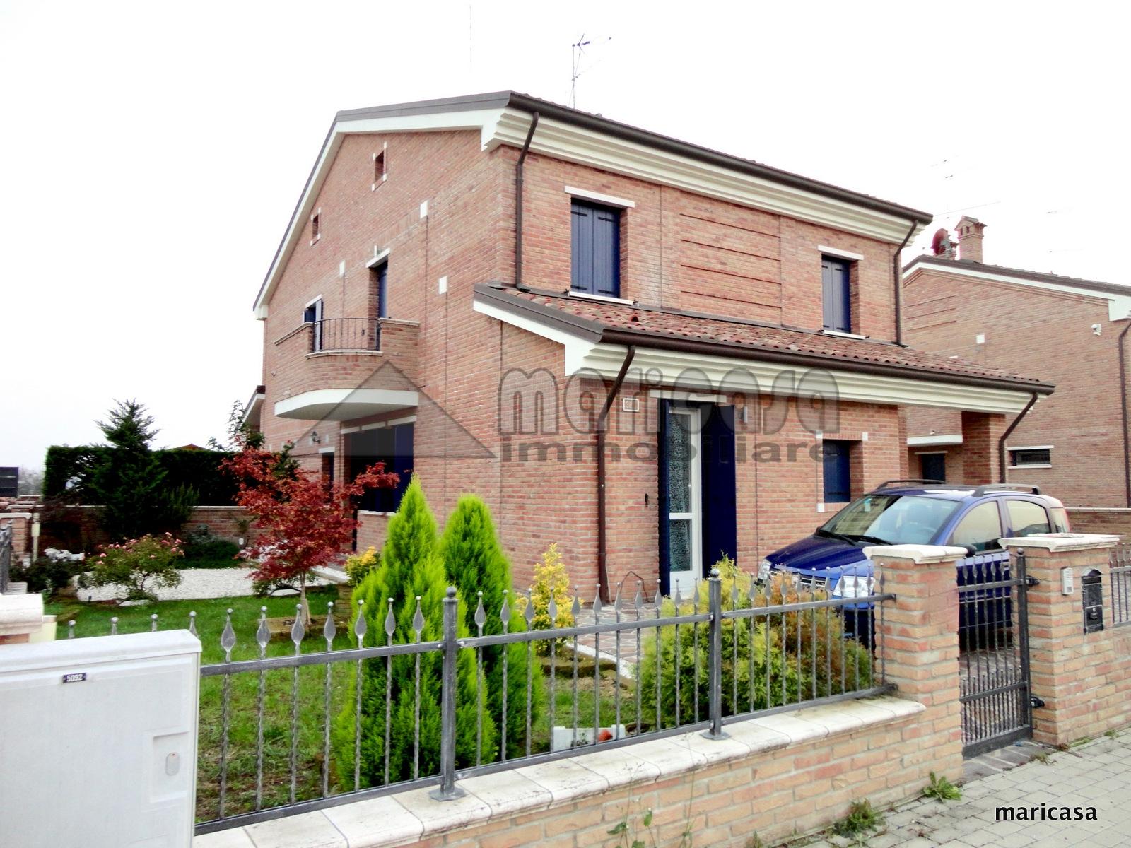 Villa in vendita a Ferrara, 5 locali, zona Zona: Boara, prezzo € 275.000 | CambioCasa.it