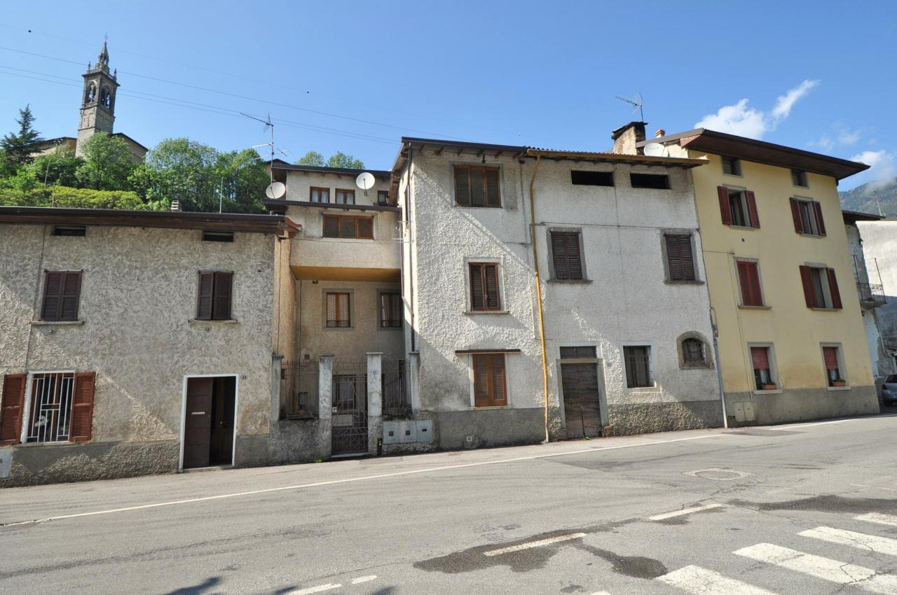 Appartamento in vendita a Lenna, 3 locali, prezzo € 24.000 | Cambio Casa.it