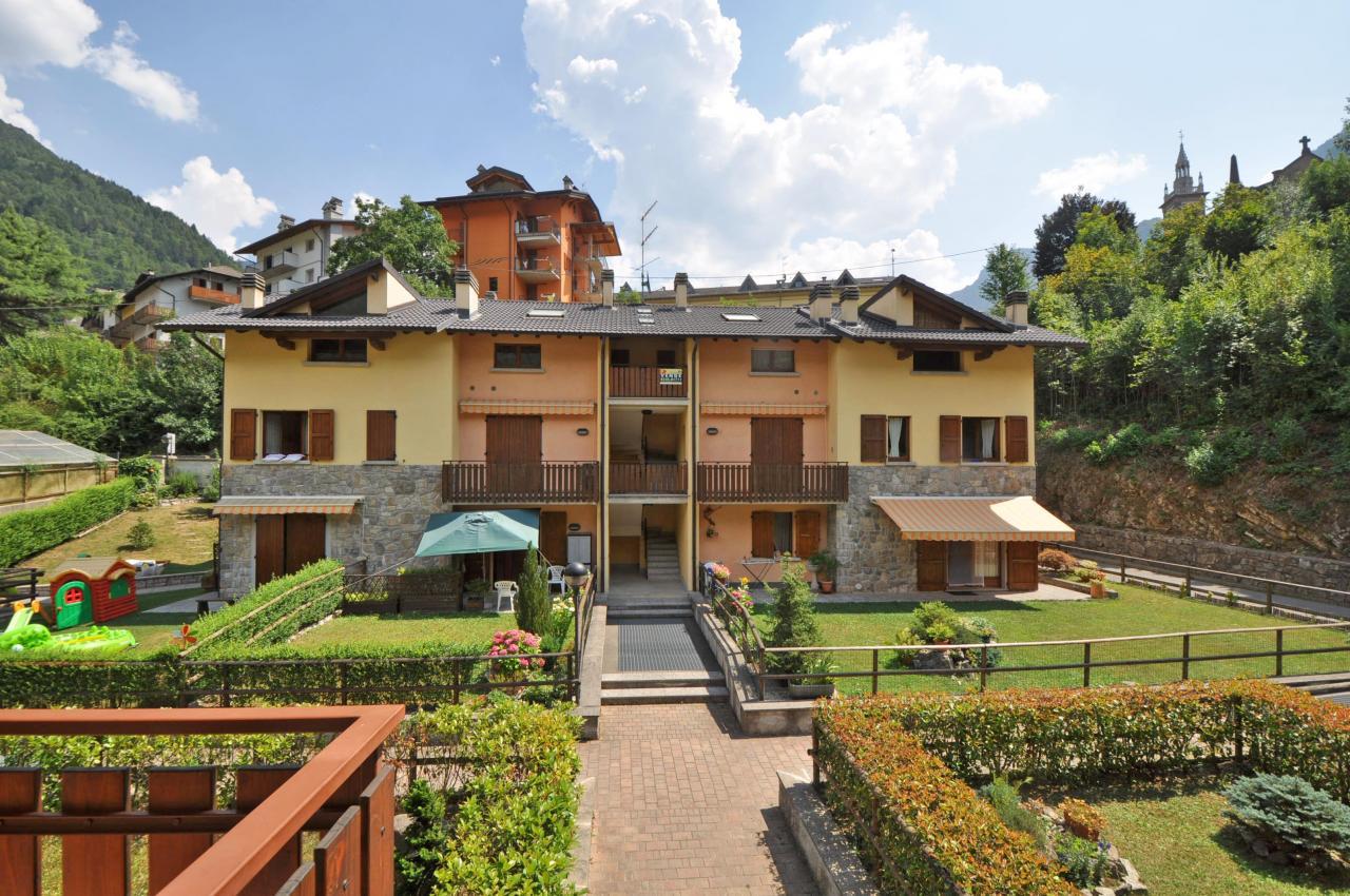 Appartamento in Vendita a Piazza Brembana