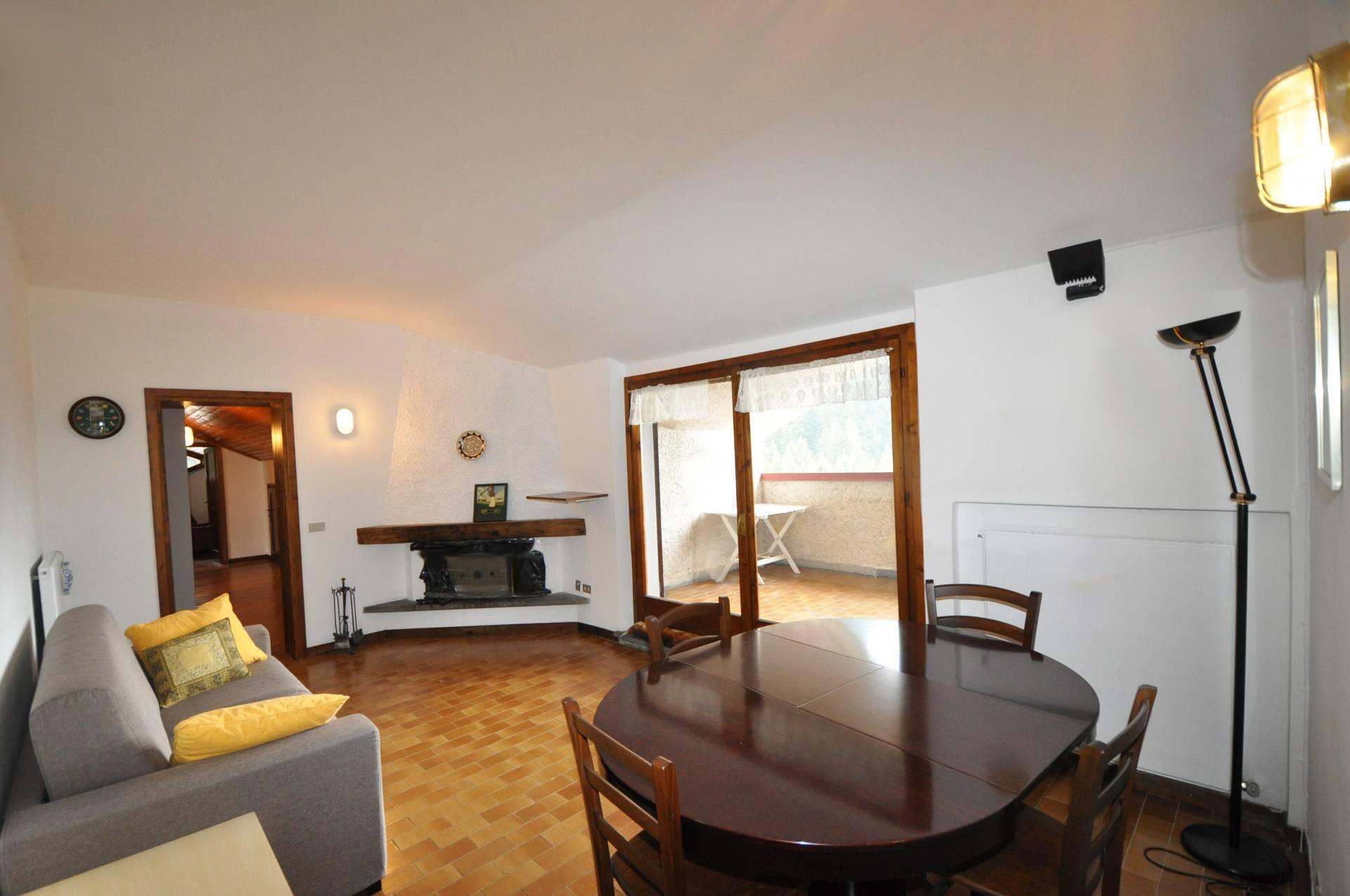 Appartamento in affitto a Piazzatorre, 4 locali, prezzo € 250 | Cambio Casa.it