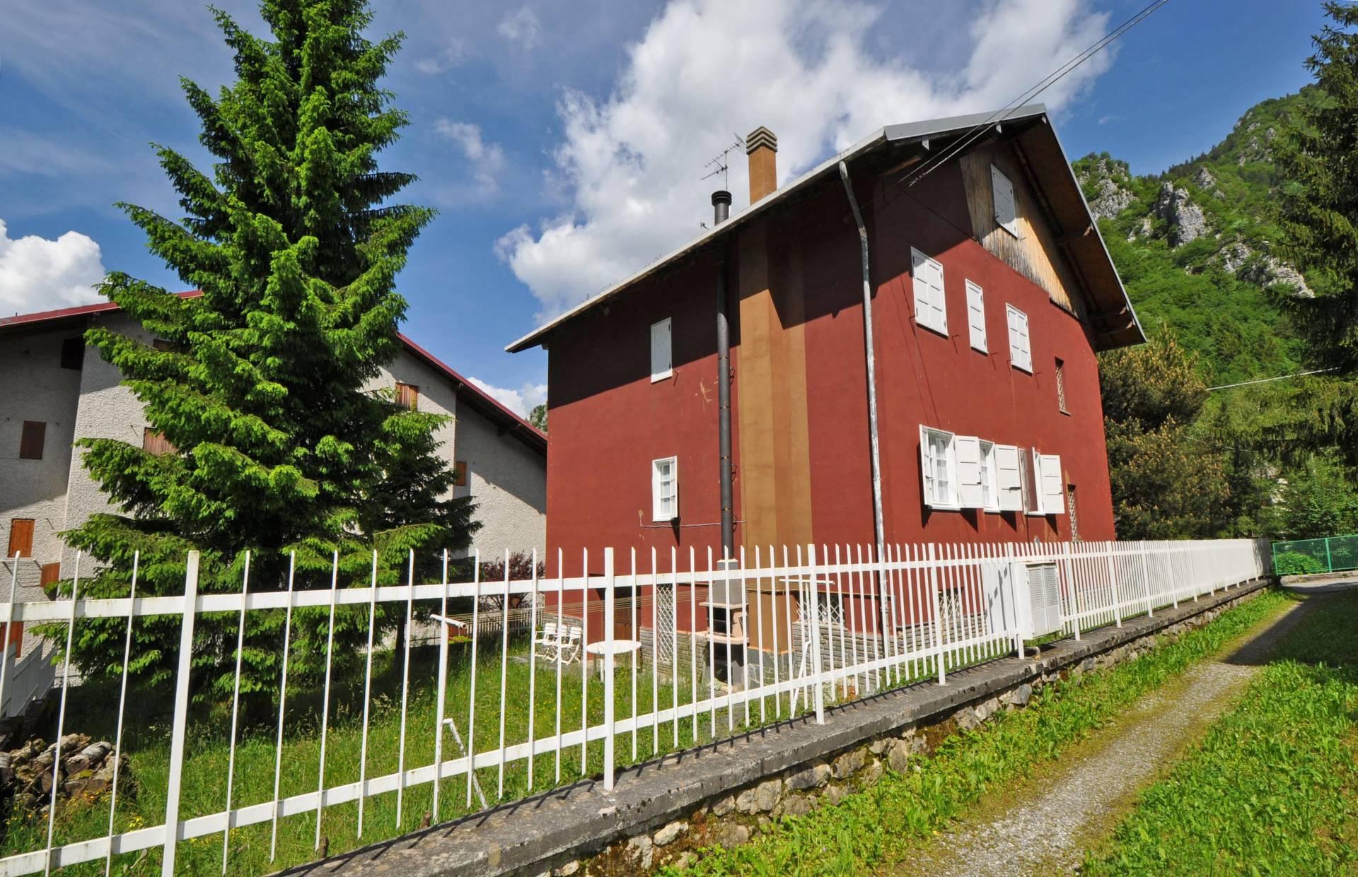 Appartamento in vendita a Piazzatorre, 4 locali, prezzo € 99.000 | Cambio Casa.it
