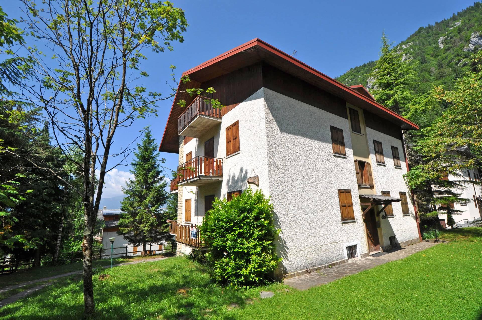Appartamento in vendita a Piazzatorre, 3 locali, prezzo € 65.000 | Cambio Casa.it