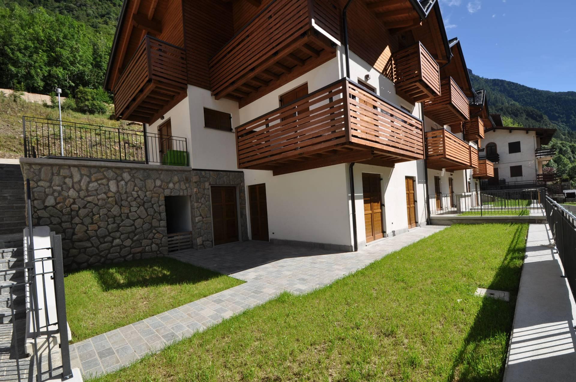 Villa in vendita a Carona, 2 locali, prezzo € 133.000 | Cambio Casa.it