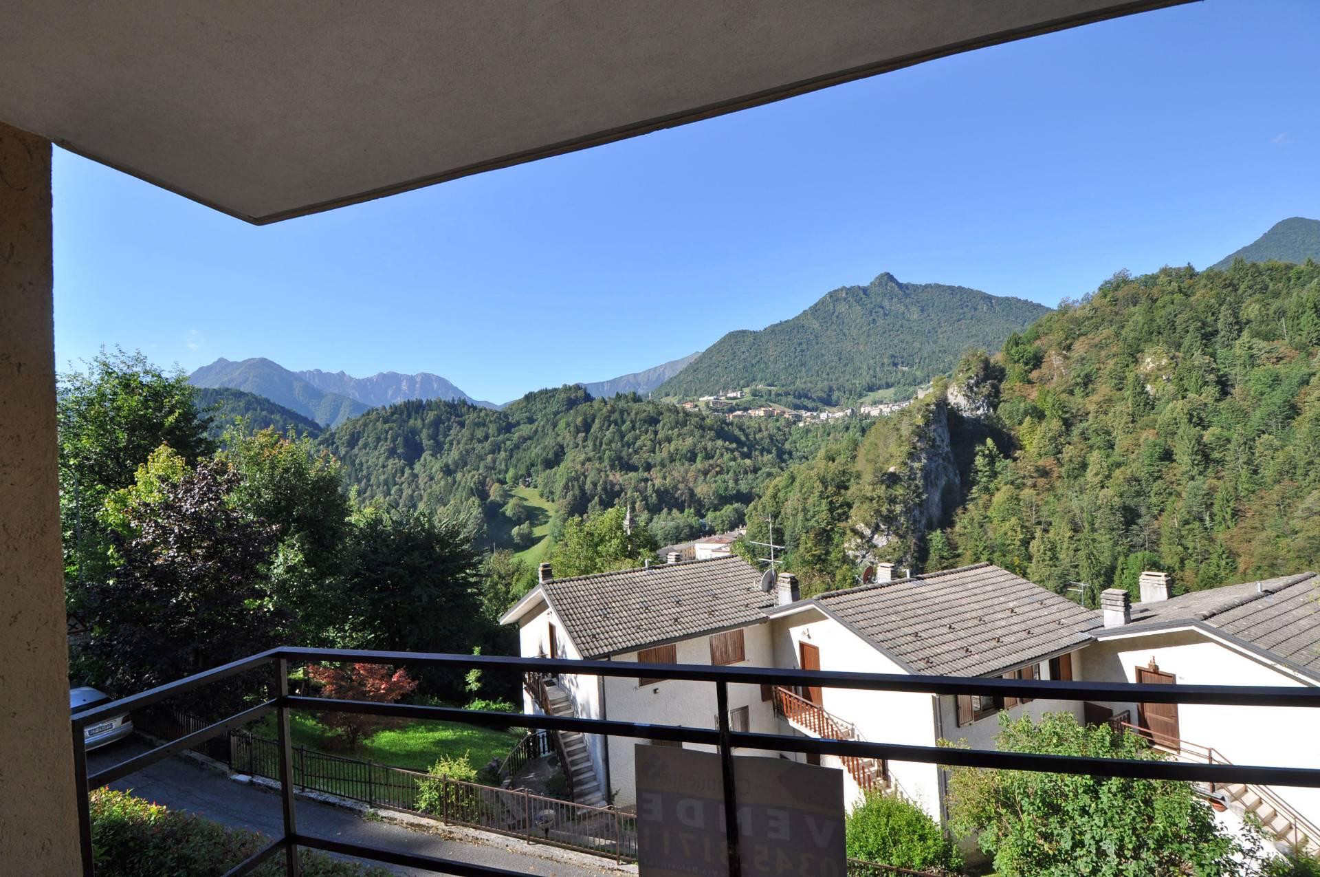 Appartamento in vendita a Averara, 5 locali, prezzo € 69.000 | Cambio Casa.it