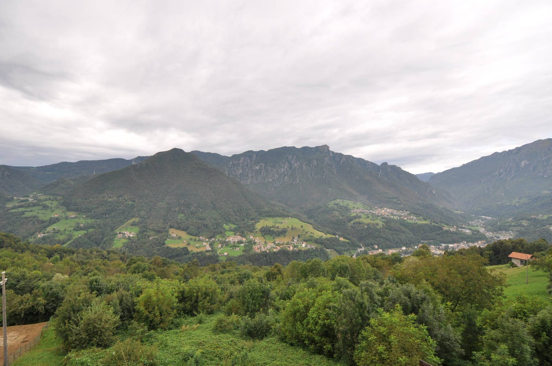 Appartamento in vendita a San Giovanni Bianco, 6 locali, prezzo € 29.000 | Cambio Casa.it