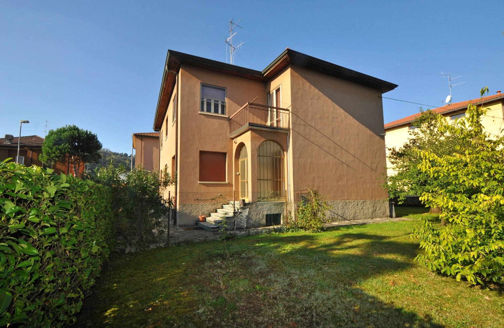 Villa in vendita a Bergamo, 9 locali, zona Zona: Valtesse, prezzo € 390.000 | Cambio Casa.it
