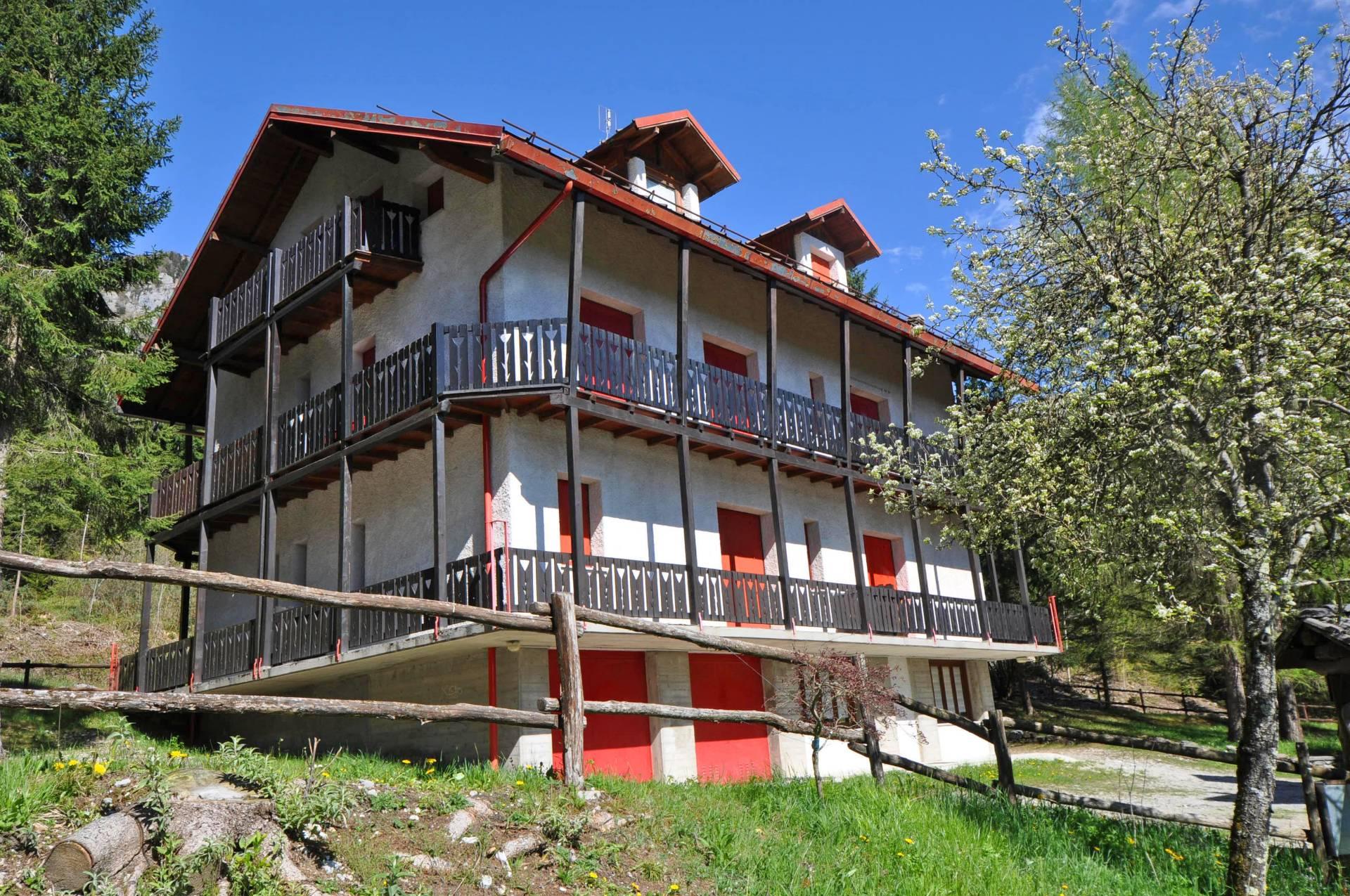 Appartamento in vendita a Piazzatorre, 4 locali, prezzo € 59.000 | Cambio Casa.it