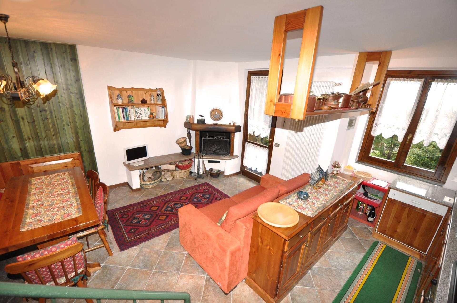 Villa a Schiera in vendita a Piazzatorre, 3 locali, prezzo € 112.500 | Cambio Casa.it