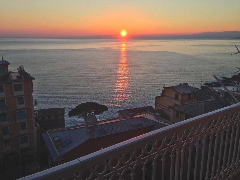 Appartamento in affitto a Camogli, 6 locali, prezzo € 850 | Cambio Casa.it
